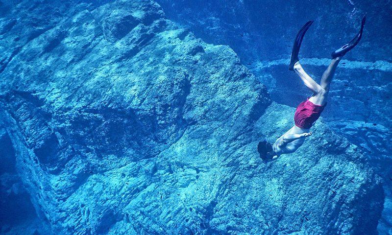 Plongée sous-marine en apnée.